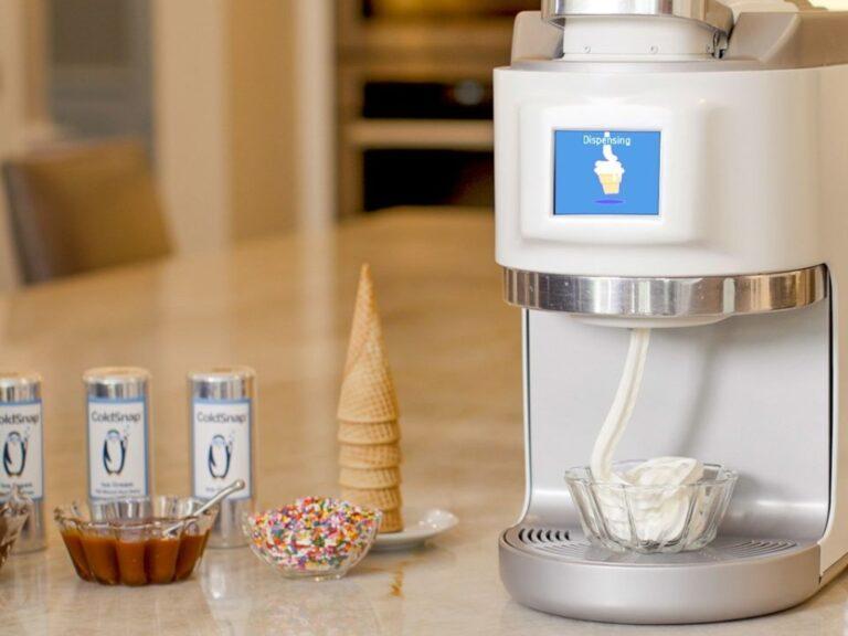 Esta máquina te permite hacer helados a partir de cápsulas