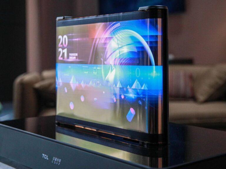 TCL presentó en CES sus pantallas enrollables