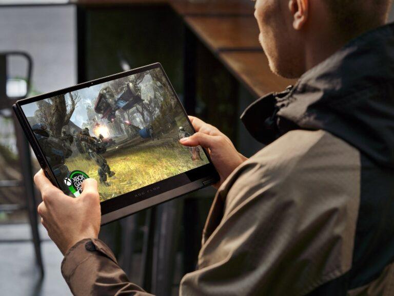 ASUS ROG lanza la primera notebook gamer 2 en 1